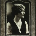 Diane Dionne, mre de Ren Lvesque, vers 1920