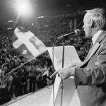 Les assemblées publiques, un élément incontournable de la vie politique. Pour René Lévesque c'est un outil pédagogique de plus.