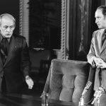 À l'époque, beaucoup de québécois sont déchirés entre René Lévesque et Pierre Elliott Trudeau, deux hommes aux convictions diamétralement opposées. Ici, lors d'une rencontre au Salon Rouge de l'Assemblée Nationale.