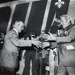 René Lévesque et Félix Leclerc pendant la campagne référendaire de 1980. Deux géants unis pour une même cause.
