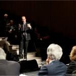 Dialogue entre monsieur Éric Bédard et le panel.